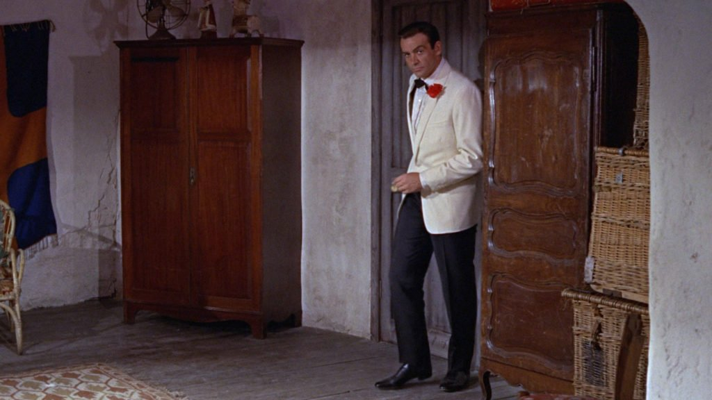 goldfinger-ivory-dinner-jacket
