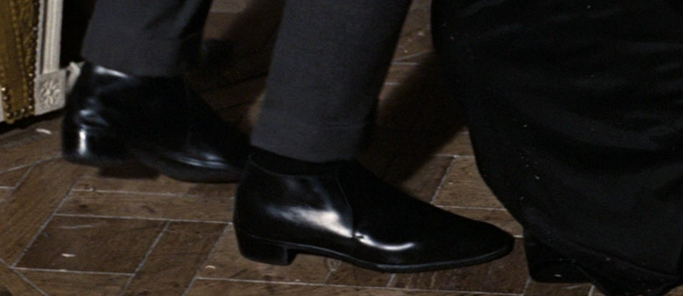 The Ankle Boot – The Suits of James Bond