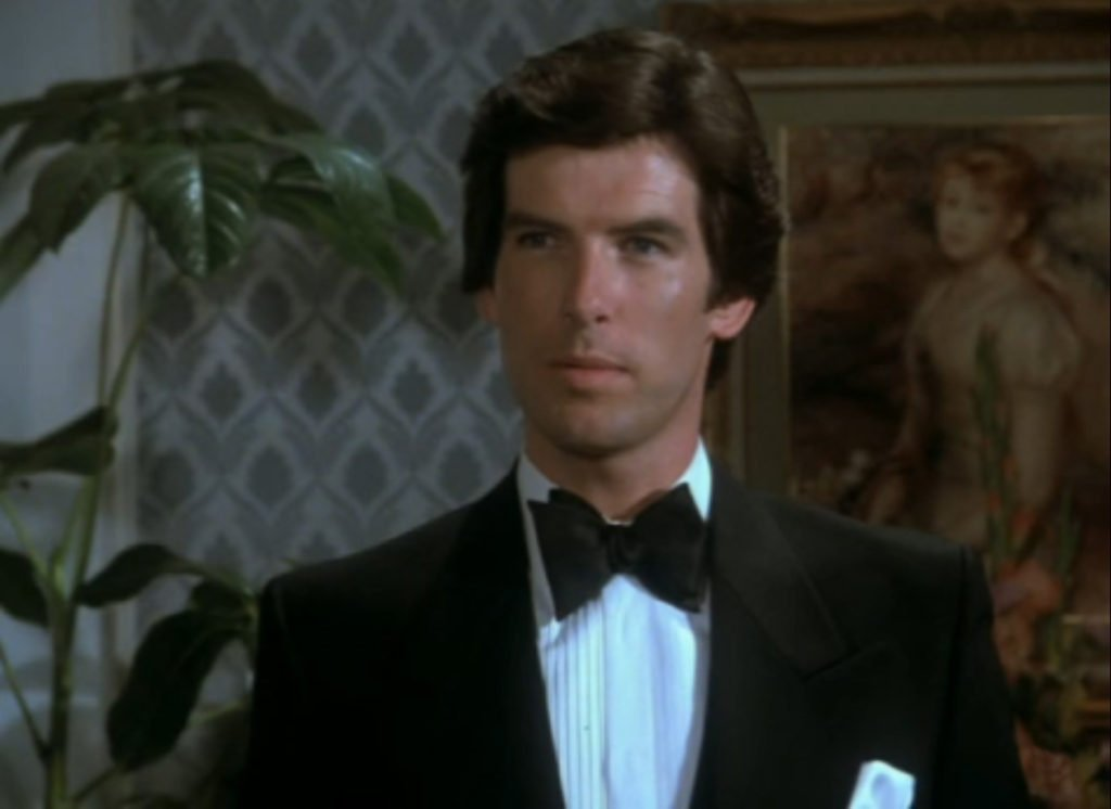 Pierce Brosnan wearing a similar dinner jacket over a decade earlier in Remington Steele