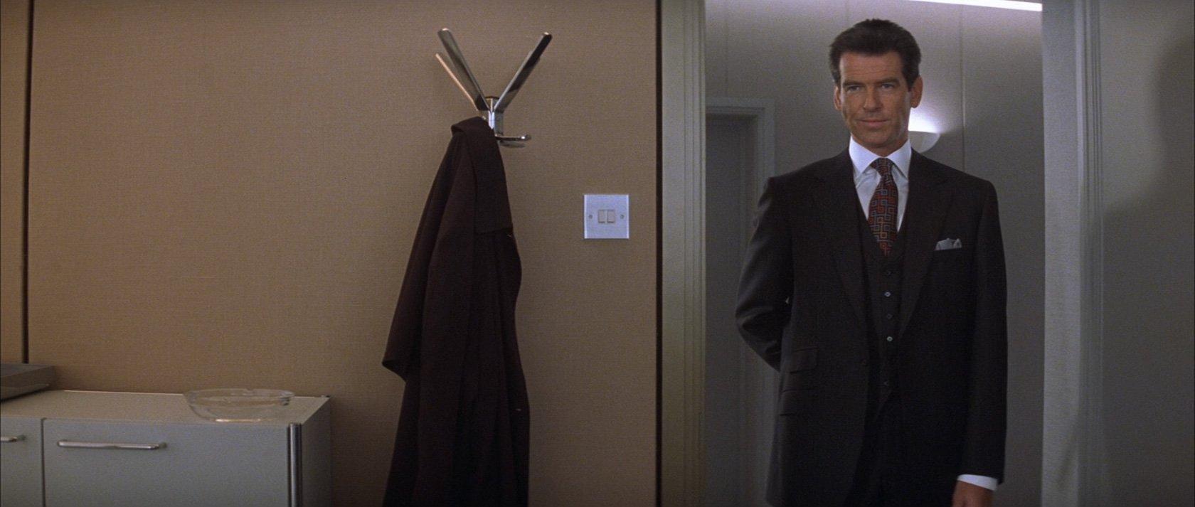 http://www.bondsuits.com/wp-content/uploads/2010/12/The-World-Is-Not-Enough-Pinstripe-Suit.jpg