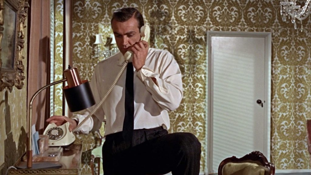 Sean Connery wearing an ecru shirt in From Russia With Love
