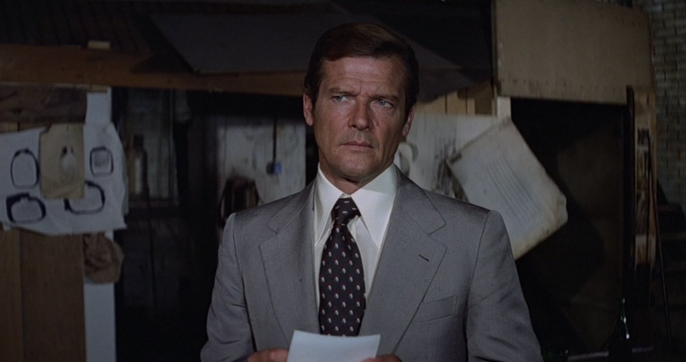 The Elephant Grey Silk Suit in Moonraker – The Suits of James Bond
