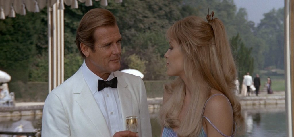 Roger Moore's ivory dinner jacket in A View to a Kill