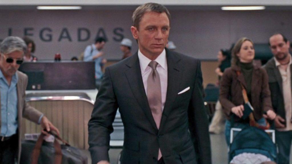 Quantum-of-Solace-Brown-Suit-2