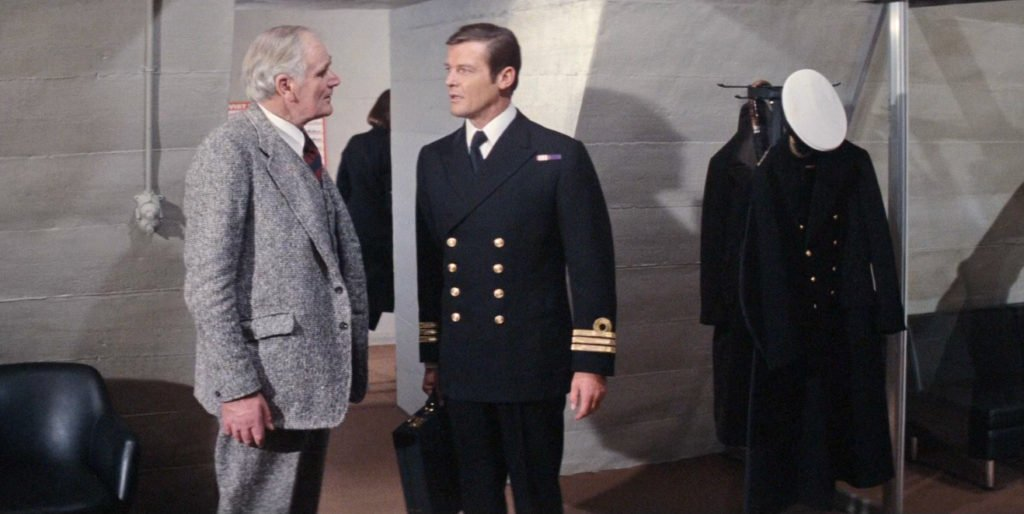 Roger Moore with Desmond Llewelyn in The Spy Who Loved Me