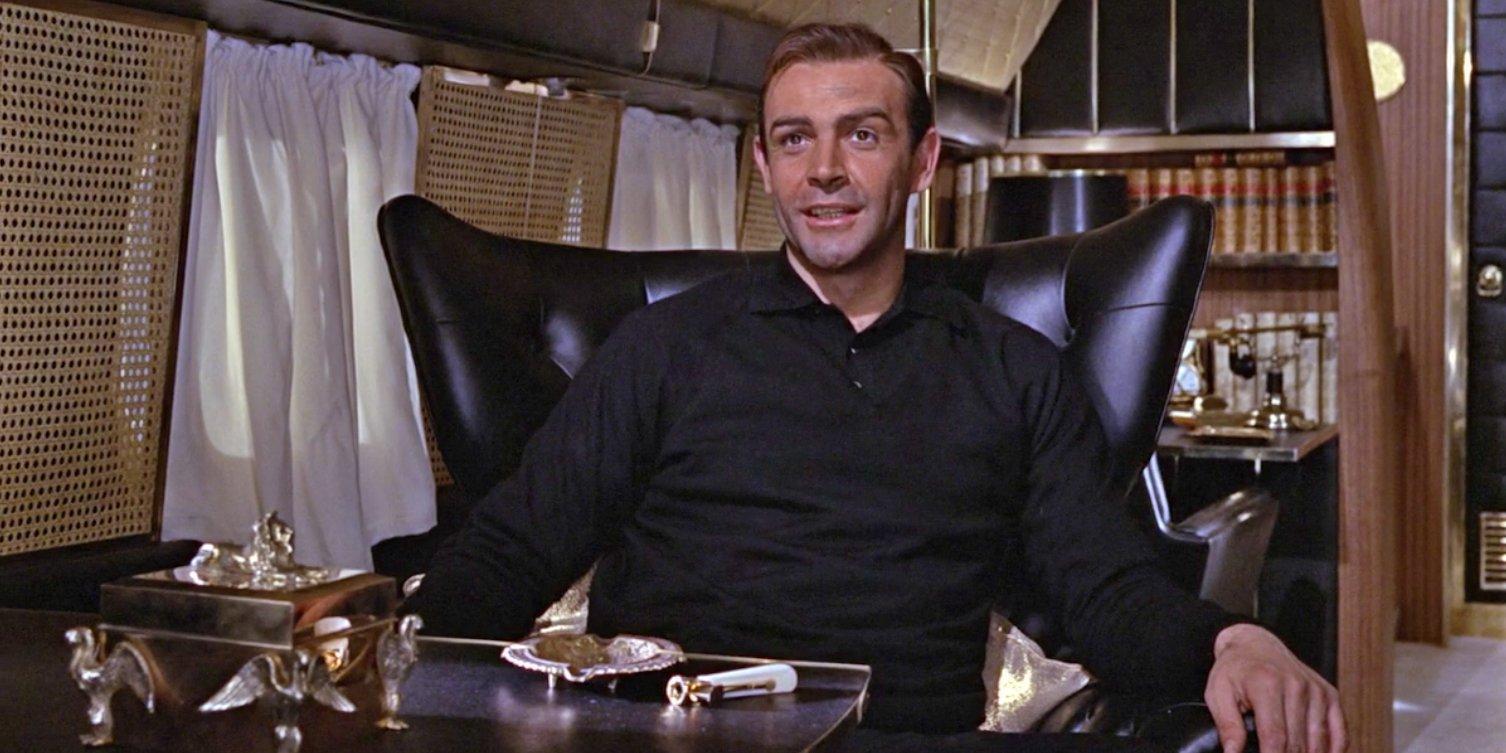 https://www.bondsuits.com/wp-content/uploads/2011/09/Goldfinger-Private-Jet-Black-Jumper.jpg