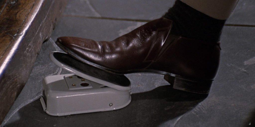 Blofeld-Pleasence-Mao-Suit-Brown-Shoes