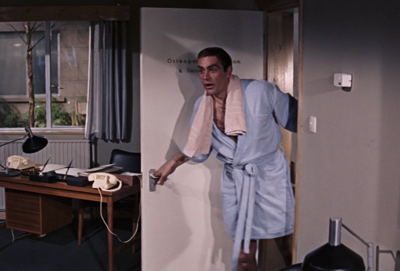 terrycloth bathrobe the suits of james bond. Black Bedroom Furniture Sets. Home Design Ideas