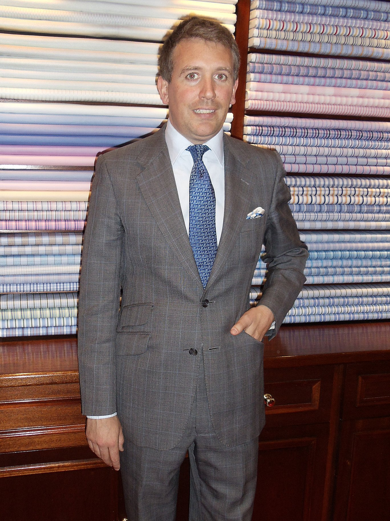 James Cook at Turnbull   Asser Bespoke – The Suits of James Bond 7a9c900c0651b