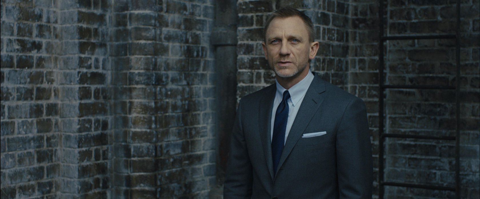 42ff0297eca The Skyfall Glen Check Suit – The Suits of James Bond