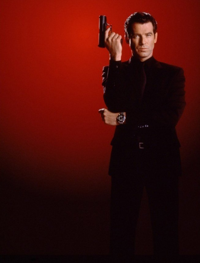 All Black: Suit, Shirt and Tie – The Suits of James Bond