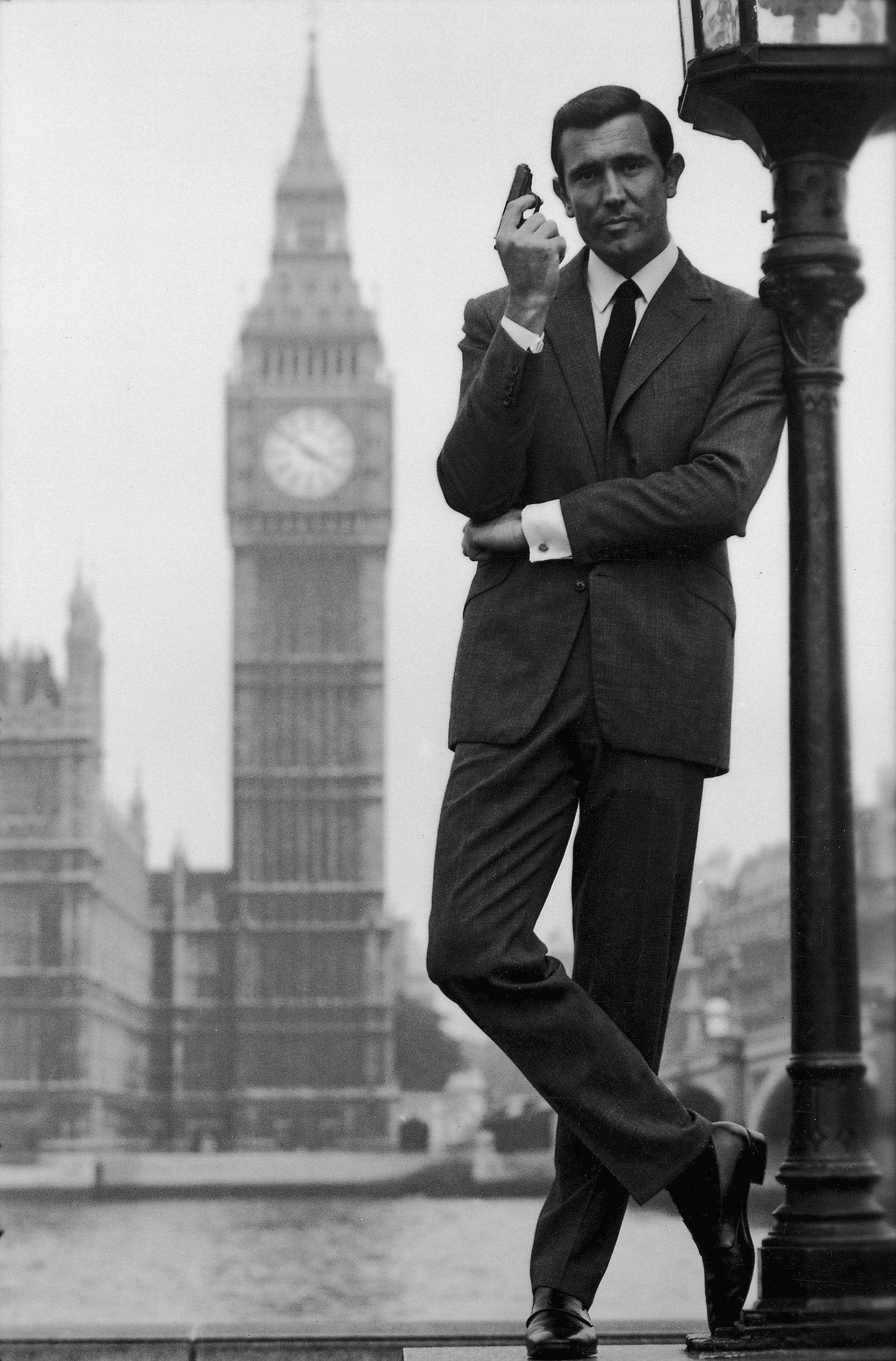 A famous photo of george lazenby in anthony sinclair