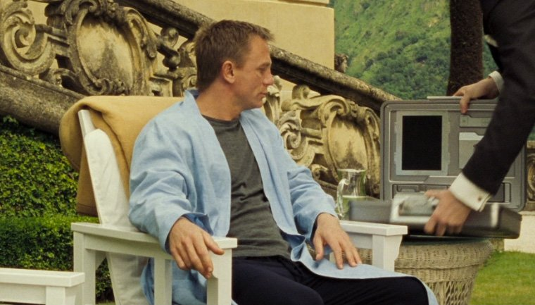 james bond outfits in casino royale