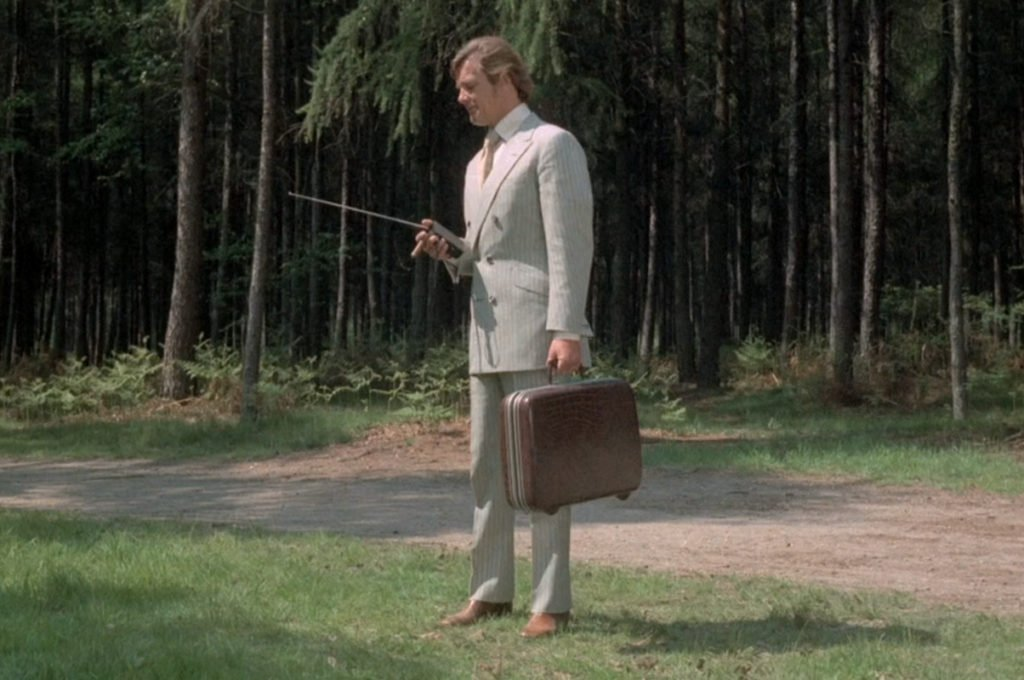 Persuaders-Cream-Stripe-Suit-2