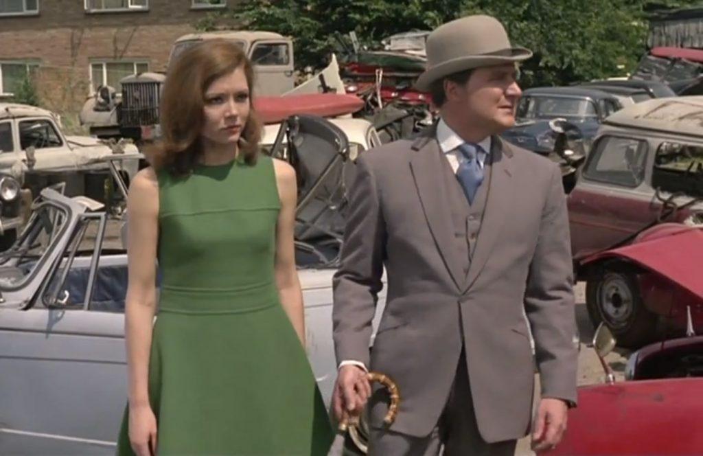 Steed-Brown-Suit-Velvet-Collar