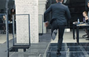 Daniel Craig's suits have single vents in Skyfall.