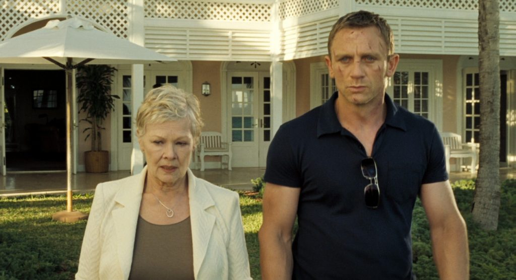 A pocket on Daniel Craig's Sunspel polo in Casino Royale