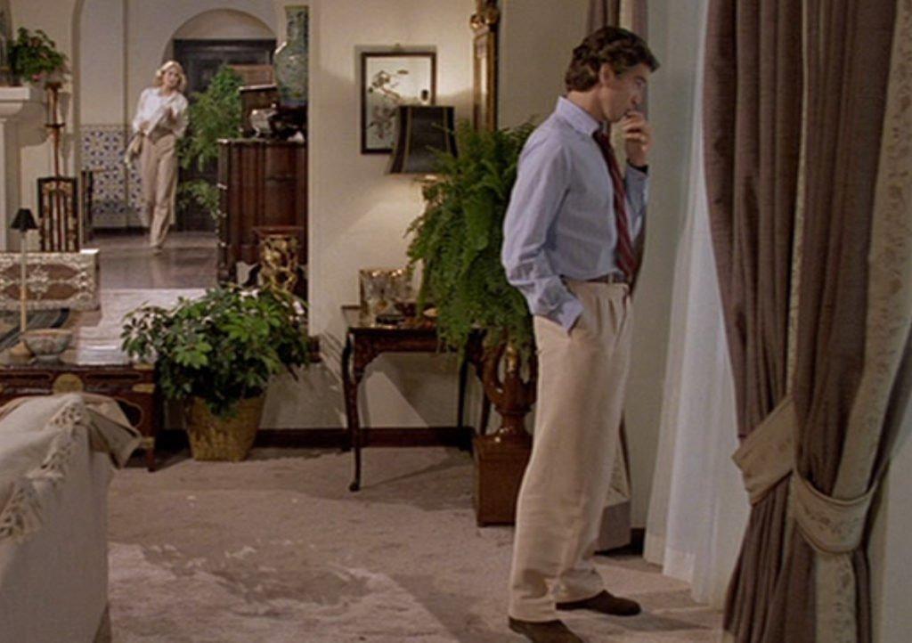 Noble-House-Pierce-Brosnan-Cream-Silk-Suit-5