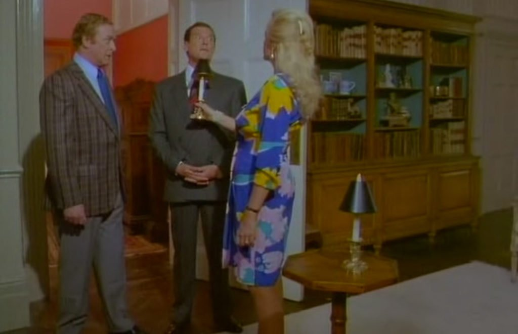 Roger-Moore-Bullseye-Double-Breasted-Suit-2