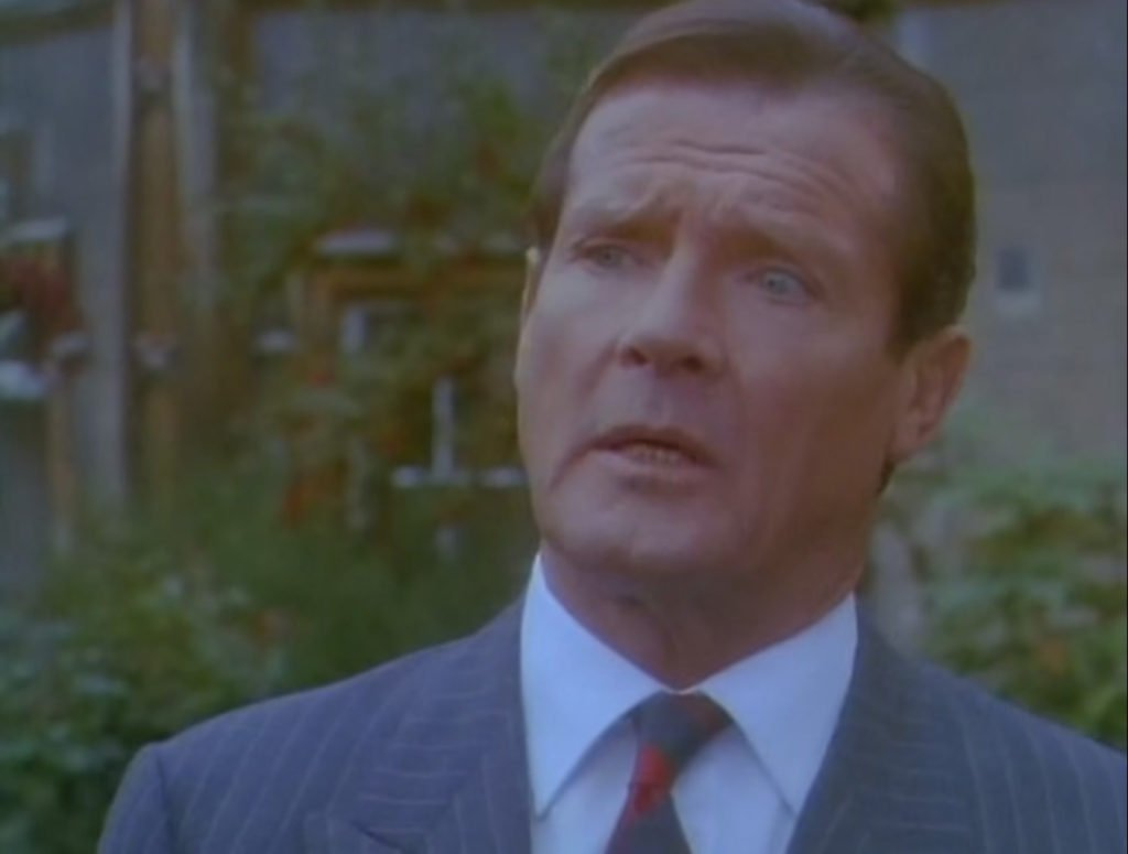 Roger-Moore-Bullseye-Double-Breasted-Suit-5