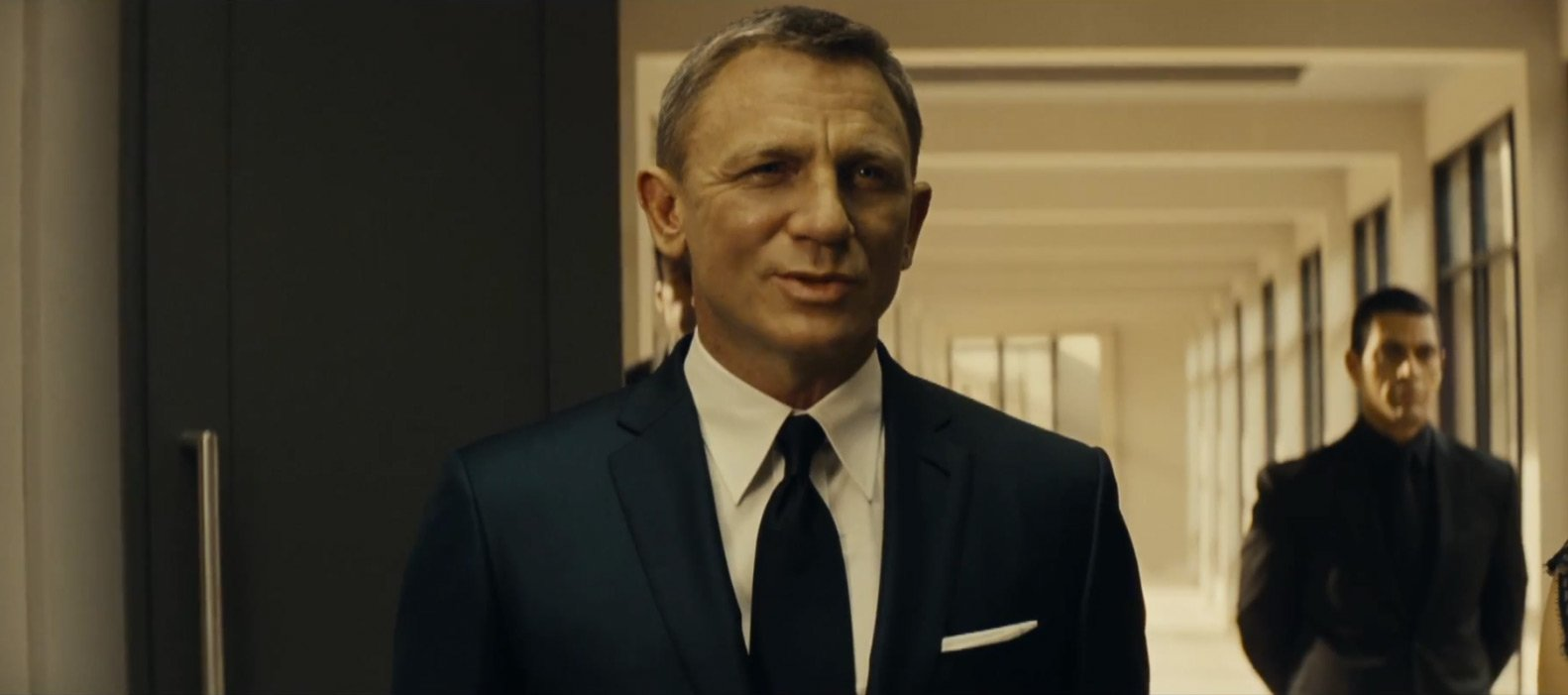 The Final Spectre Trailer: Blue Sharkskin Suit and Light Brown