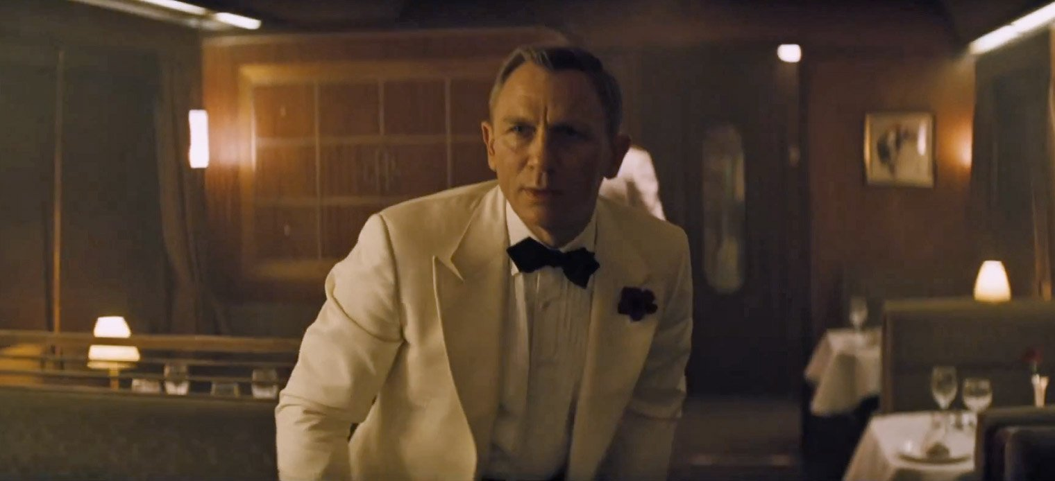 The Untraditional Ivory Dinner Jacket in Spectre – The Suits of ... 425f0640003