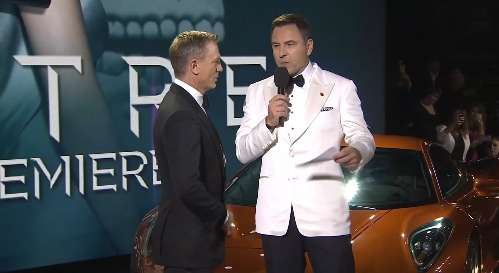 Daniel Craig with David Walliams, who is wearing the Tom Ford dinner jacket from Spectre