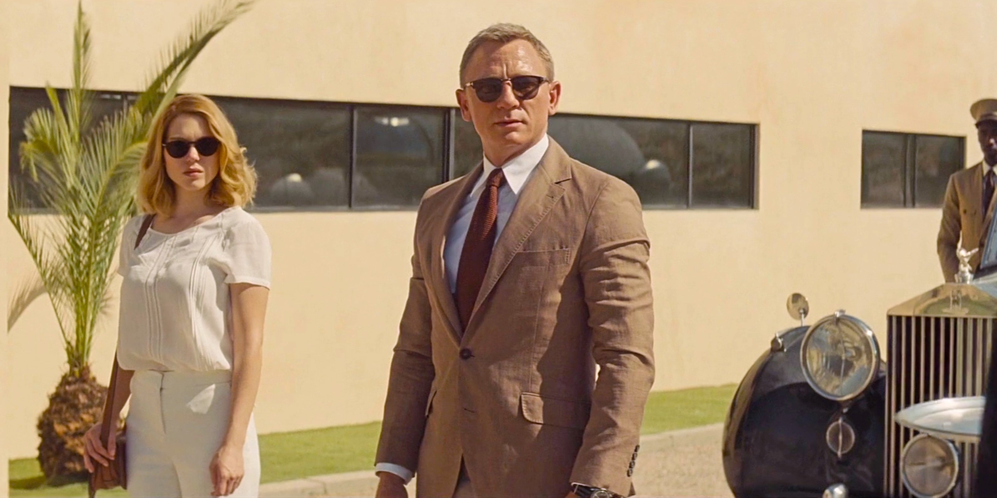 07fd6208bc Bond s white shirt is from Tom Ford. The collar is the same point collar  that Daniel Craig wears on his shirts with all the other O Connor suits in  Spectre