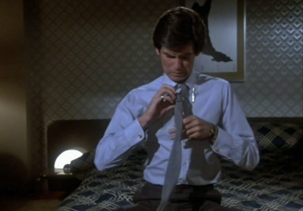 Remington-Steele-Blue-Shirt-Grey-Knitted-TIe