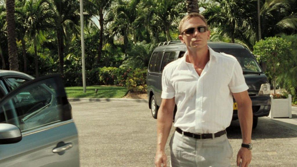 Grey-Linen-Suit-White-Shirt
