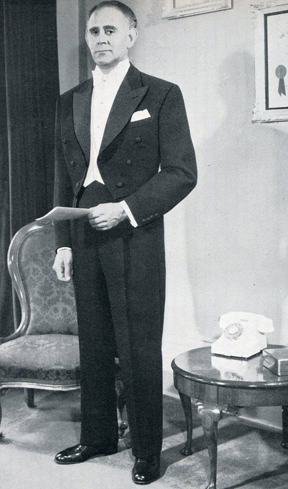 anthony-sinclair-man-about-town-1957-58-tailcoat