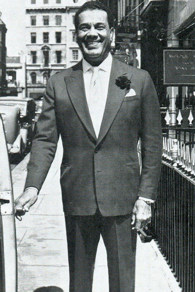cyril-castle-man-about-town-1954-suit