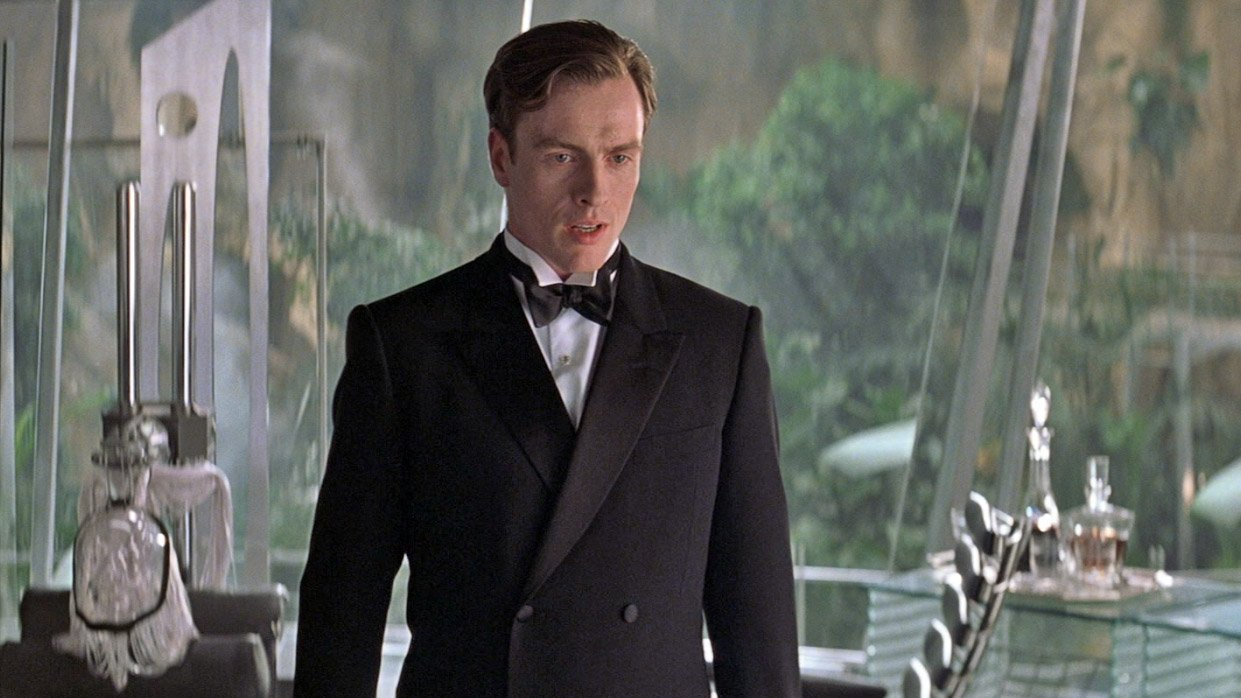 7b4fe971 ... efforts to cultivate the appearance of a wealthy and extravagant  Englishman, Gustav Graves (Toby Stephens) wears an elegant black double- breasted dinner ...