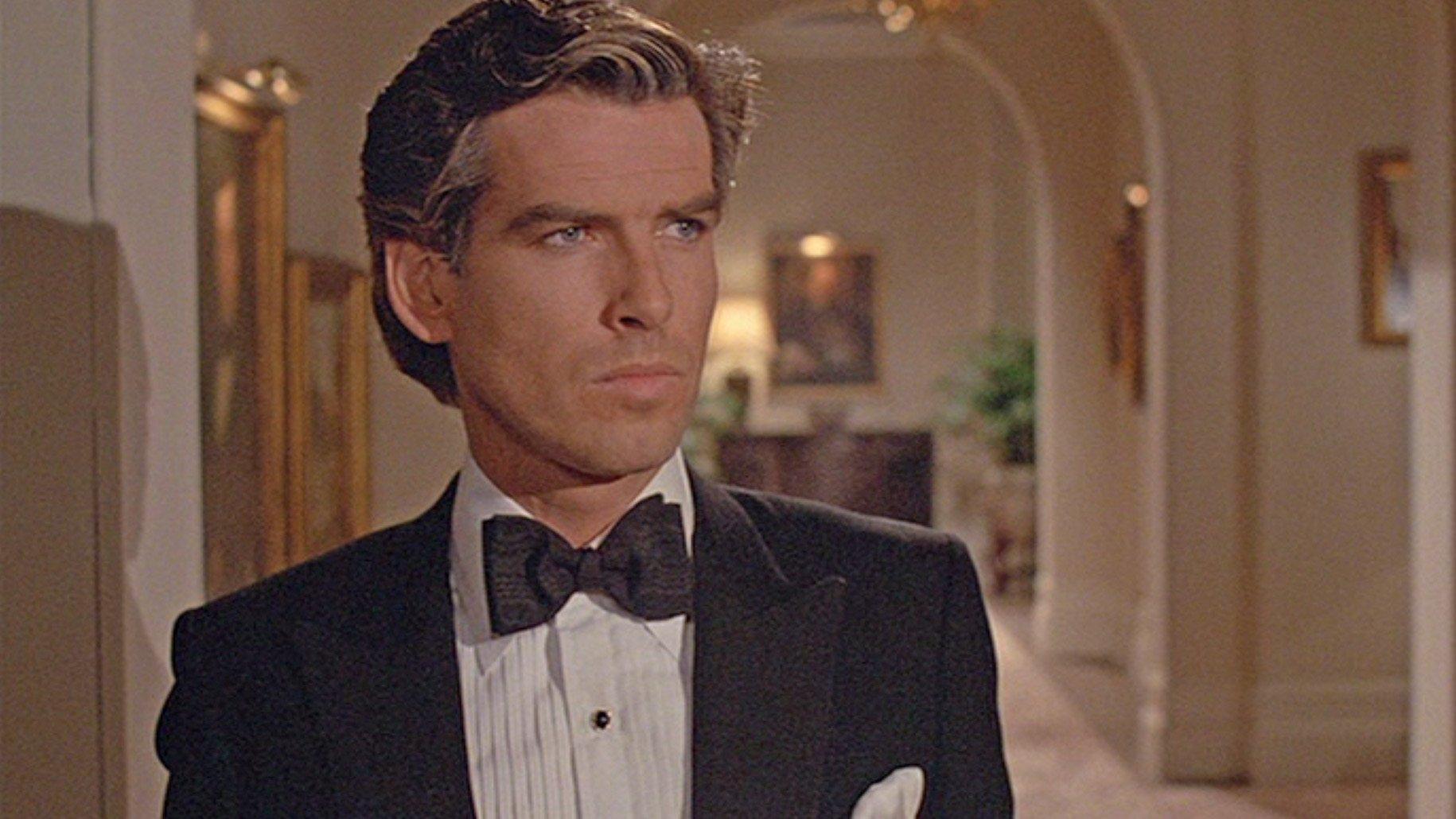 Noble House Pierce Brosnan S Peaked Lapel Dinner Suit