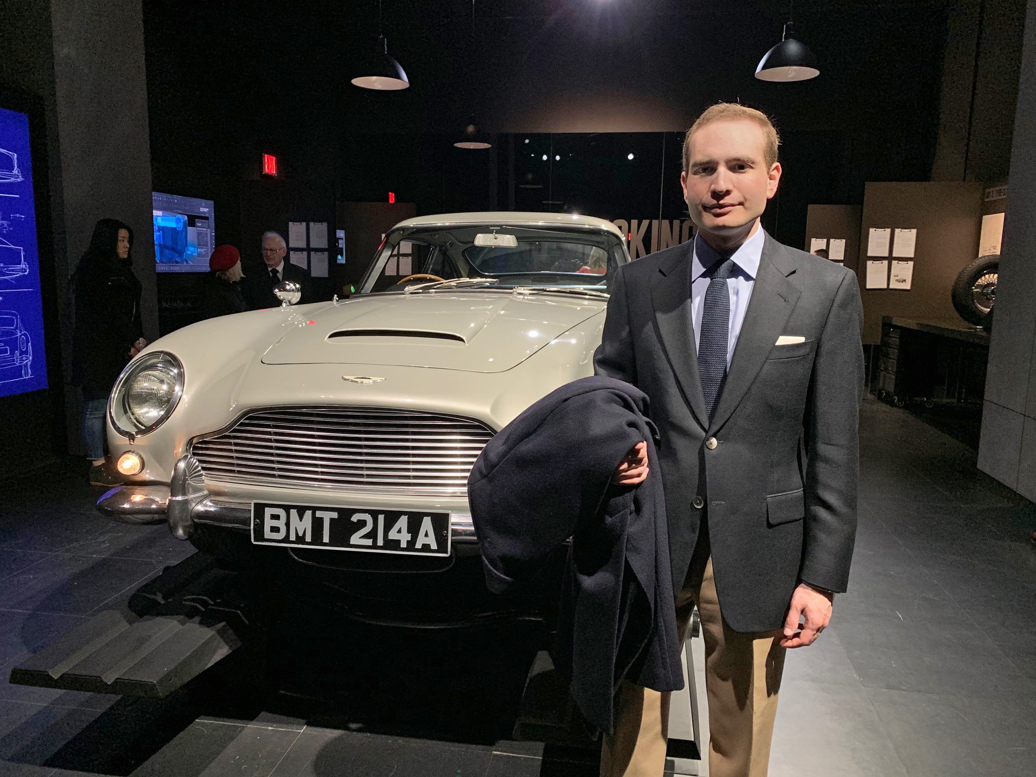 The New York City Bond Experience – The Suits of James Bond